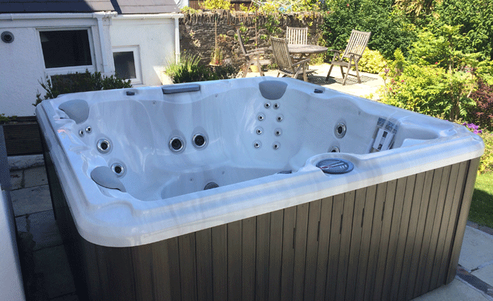 hot-tub-servicing-sheffield