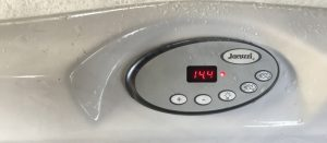 jacuzzi-hot-tub-service